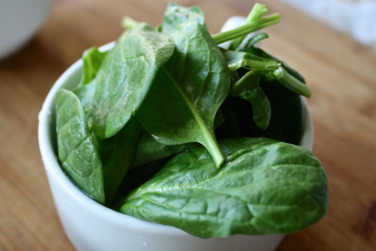 spinach-1427360_1280.jpg